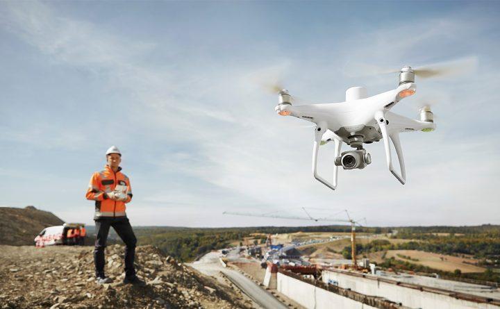 Dron DJI Phantom 4 RTK Pix4Dmapper